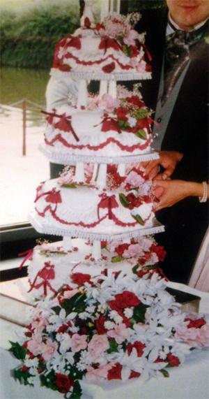 Mum Wedding Cake